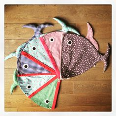 fish bags can be used to store the kids belongings, laundry, toys... sewing pattern by me, fabrics by @veritaseu