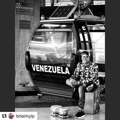 #Repost @briaimylp with @repostapp   Venezuela pá que me tengas en cuenta porque no quiero que olvides que yo soy de VenezuelaVENEZOLANO... #MusicosDeVenezuela #Venezuela #Music #Musica #Musicos #Percusion #Bongo #Caracas #SanAgustínDelSur #SanAgustín #MetroCable #MetroCableSanAgustin #MiBarrio #MyGuetto #HectorLavoe #Simple #SimpleClouthing #Adidas #MetalToe #GorrasVipCcs #OutFit #Like #LikeForLike #LP #LatinPercussion #Remo