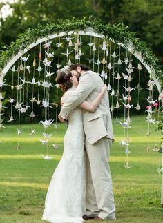 DIY Paper Cranes   Cedarwood Wedding featured on The Wedding Chicks   Photo by Derek Martinez