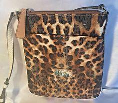 GUESS Crossbody Purse Handbag HULA GIRL Leopard Cheetah Bag Wallet 4G Logo #Guess #CrossbodyBag #Guess4DBag #GuessCrossBodyBag #GuessCheetah