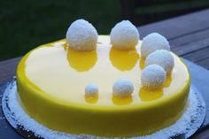 Entremet Citron / framboises - Faster Tutorial and Ideas Fancy Desserts, Fancy Cakes, Just Desserts, Delicious Desserts, Yummy Food, Lemon Recipes, Sweet Recipes, Pastry Recipes, Cake Recipes