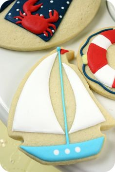 Summer Cookies By: @Sweetopia ~ Marian Poirier ~  TheCookieCutterCompany www.cookiecuttercompany.com