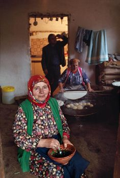 At Home In Bosnia Steve McCurry Find This Pin And