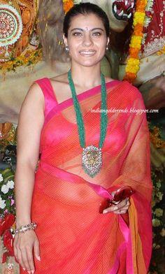 Bollywood Actress Hot Photos, Bollywood Girls, Vintage Bollywood, Bollywood Celebrities, Beautiful Girl Indian, Beautiful Indian Actress, Priyanka Chopra Hot, Shilpa Shetty, Kajol Saree