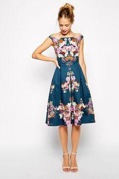 b0a0accffa57 7 bästa bilderna på Fin fashion | Midi dresses, Fashion dresses och ...