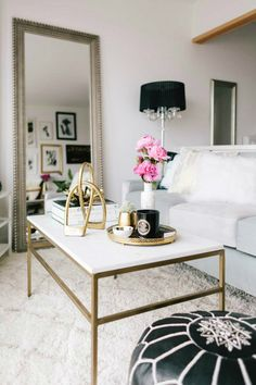 Tiny San Francisco Apartment that is Every Girl's Dream Home 2