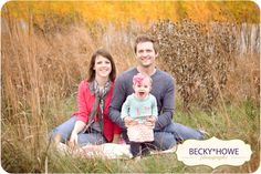 1 year old picture ideas | Fall Family One Year Old | Photoshoot Ideas
