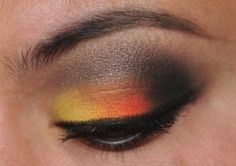 Not crazy about the color combo but i like the 2 colors plus smokey eye look