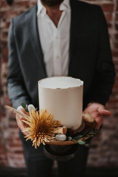 Earthy Industrial Wedding Inspiration with Romantic Moody Hues ⋆ Ruffled - Wow, oh wow this moody editorial in an industrial ballroom is giving us chills! Say hello to black velvet, crisp cakes and candlelight in this romantic earth-toned scene. Wedding Cake Fresh Flowers, Black Wedding Cakes, Floral Wedding Cakes, Amazing Wedding Cakes, Wedding Cake Rustic, Elegant Wedding Cakes, Wedding Cake Designs, Wedding Cake Toppers, Lace Wedding
