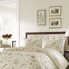 100This Jacobean inspired print is far from old fashioned. Updated with an open layout and  a predominantly neutral palette of linen, cream, and fraphite with cranberry accents, this beautifully tailored ensemble will enhance any bedroom in the house.