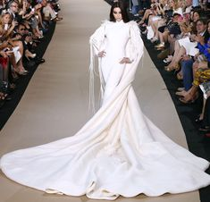 Fan Bingbing closes Stéphane Rolland Fall 2012 Couture