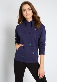 Spangled with colorful, embroidered stars, this pullover hoodie takes casual outfitting to charming new heights. From Sugarhill Brighton—formerly Sugarhill Boutique—this cozy sweater adds in a dash of whimsy wherever it's worn. Vintage Style Outfits, Vintage Fashion, Vintage Clothing, What Is Vintage, New Outfits, Fashion Outfits, Reaching For The Stars, Cozy Sweaters, Hoodies