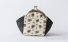 Coin purse frame coin pursecosmetic pursemoney by Chic4youhandmade