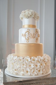 Beautiful Blooms Michaels The Down Town Club Cake Gold and White Cescaphe Event Group Floral Topper Elegant Shimmer Flowers Sparkle