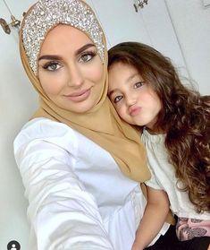 Love it Glamorous - Pemuja Wanita Hijab Elegante, Hijab Chic, Mode Turban, Turban Hijab, Arab Girls Hijab, Girl Hijab, Islamic Fashion, Muslim Fashion, Modest Fashion Hijab