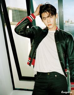 Lee Jong Suk did a pictorial and interview with Esquire for the November issue and we're wondering why he's not smiling? And what is the point of shots of his back when we prefer to see… Lee Jong Suk Hot, Lee Jung Suk, Asian Actors, Korean Actors, Korean Dramas, Kang Chul, Young Male Model, Lee Bo Young, Yoo Ah In