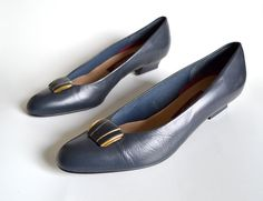 Navy Shoes / Low Heel Shoes / Blue Shoes / by MinxouriVintage