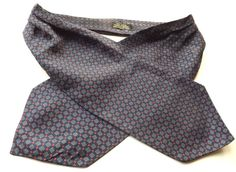 VINTAGE PURE SILK DAY CRAVAT ASCOT Dark Blue with White and Red Design FREE P&P #Cravat