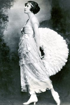 American ballroom dancing legend and actress Irene Castle, 1918. Getty Images.