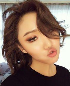 160503 Fancafe Memo: Hwasa Chu~ on my lips Chu~