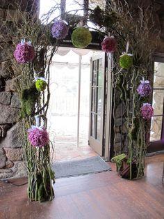 pommander arch by organic elements