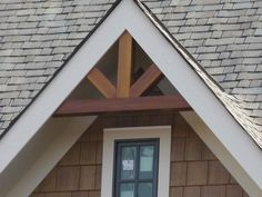 Call me crazy, but I think the non arched cedar gable brackets could be a DIY.just using pic for an idea. Gable Brackets, Cedar Gable Bracket, Gable Accent Bracket by Southern Woodcraft Corbels Exterior, Craftsman Exterior, Cottage Exterior, Exterior Siding, Craftsman Style, Exterior Paint Colors For House, Exterior Colors, House Colors, Exterior Design