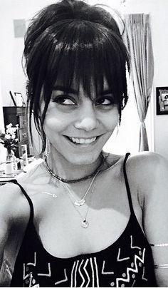Vanessa Hudgens bangs