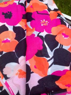 Swedish mod vintage retro fabric from the Hot pink floral. Textile Patterns, Textile Prints, Textile Design, Flower Patterns, Fabric Design, Print Patterns, Retro Fabric, Pink Fabric, Floral Fabric