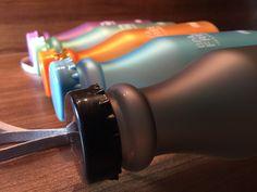 H2O BPA-free 550ml Wasser-Trinkflasche mit Handschlaufe, satiniert, orange