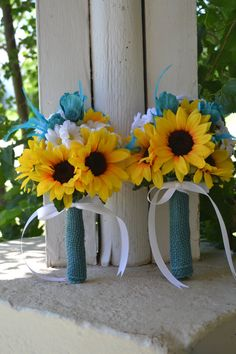 bouquets with turquoise and white sunflowers | ... Bridesmaid, Maid of Honor, Toss Bouquet With Daisies-Sunflower Bouquet