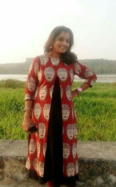 Kurta Designs Women, Salwar Designs, Blouse Designs, Frock Patterns, Kurti Patterns, Stylish Dress Designs, Stylish Dresses, Chudidhar Designs, Kalamkari Designs