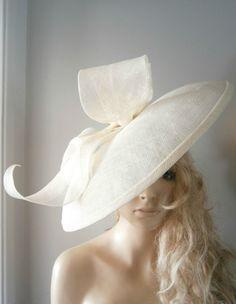 CREAM/FEATHER/FASCINATOR/SAUCER/VINTAGE/ASCOT/WEDDING/HAT/ASCOT/RACES/BRIDE/HATS in Clothes, Shoes & Accessories, Women's Accessories, Fascinators & Headpieces   eBay