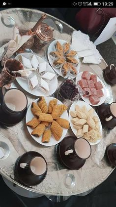 Eid Food, Food Test, Oreo Cheesecake, Bakery Recipes, Decoration Table, Food Presentation, Goodies, Food And Drink, Sweets