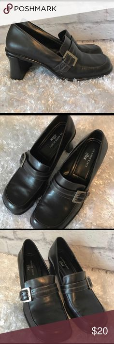 Anne Klein Black Leather Heels 9.5 M Gently used with no flaws Anne Klein Shoes Heels