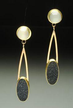 Yumi Ueno Art Jewelry & Metal : Jewelry Gallery : Earring. Moonstone, Drusy agate, 22, 18 , 14KG, S.S.