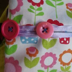 Make it Monday: peg bag tutorial – The Creative Pixie Easy Knitting Patterns, Sewing Patterns Free, Free Sewing, Sewing Projects For Beginners, Projects To Try, Clothespin Bag, Peg Bag, Hobbies And Crafts, Pixie