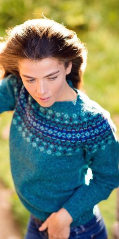 Great news! Our Croft Yoke Fair isle jumper is now available again. Worth the wait! Jumper Knitting Pattern, Fair Isle Knitting Patterns, Fair Isle Pattern, Knit Patterns, Knit In The Round, Autumn Fashion, Teal, Fair Isle Sweaters, Autumn Style