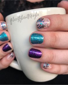 Color Street manicure Interstellar I love love love this style It - Damen Studio Fabulous Nails, Perfect Nails, Gorgeous Nails, Pretty Nails, Interstellar, How To Do Nails, Fun Nails, Cruise Nails, Color Street Nails