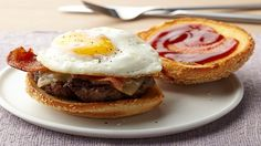 Bistro Breakfast Burger by Food Network Kitchens (Bacon, Beef, Egg) Breakfast Burger, Breakfast For Dinner, Breakfast Recipes, Breakfast Burritos, Breakfast Ideas, Breakfast Platter, Bacon Breakfast, Breakfast Club, Egg Recipes