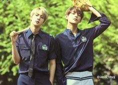Jin and V ❤ BTS 2017 Season's Greetings #BTS #방탄소년단