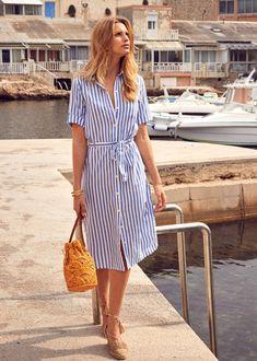 Heartfelt striped dress outfit dresses fashion e striped shirt dress. Shirtdress Outfit, Striped Dress Outfit, Summer Dress Outfits, Blue Shirt Dress, Stripe Dress, Frack, Summer Shirts, Modest Clothing, Women's Fashion Dresses