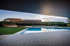 As part of the design of Le Monde winery in north east Italy, Alessandro Isola has designed a private poolside retreat, that features this sunken seating area, for the guests of the winery Pergola Plans, Diy Pergola, Pergola Kits, Pergola Ideas, Italy Sea, Pool Picture, Luz Natural, Garden Pictures, Pergola Shade