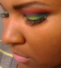 Fiyah Mon http://www.makeupbee.com/look_Fiyah-Mon_47052