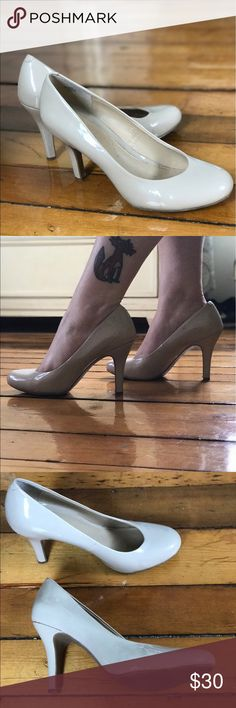 Super Cute Nude Heels! These are perfect for work or play!  Barely worn! Kelly & Katie Shoes Heels