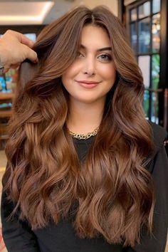 Brown Hair Tones, Brown Hair Shades, Brown Hair Balayage, Hair Color Shades, Chesnut Brown Hair, Ginger Brown Hair, Golden Highlights Brown Hair, Caramel Brown Hair Color, Copper Brown Hair