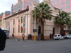 Africa Continent, Travel Flights, Cheap Flight Tickets, Cape Town, Installation Art, Continents, South Africa, Old Things, Street View