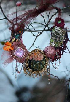 Rosas vintage collar audaz declaración de por FleursBoheme en Etsy