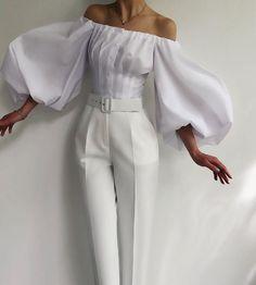 Classy Outfits, Chic Outfits, Look Fashion, Womens Fashion, Fashion Design, High End Fashion, White Fashion, Luxury Fashion, All White Outfit