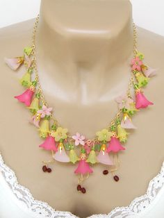 Pink Statement #Lucite #Flower Necklace Handcrafted Crystal Gold Short by BlondePeachJewelry on Etsy @sharon