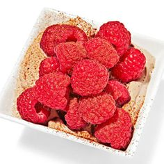 Yogurt Blend - 150 cal 1/2 cup low-fat plain Greek yogurt mixed with 2 teaspoons honey and 1 teaspoon unsweetened cocoa powder and topped with 1/2 cup raspberries
